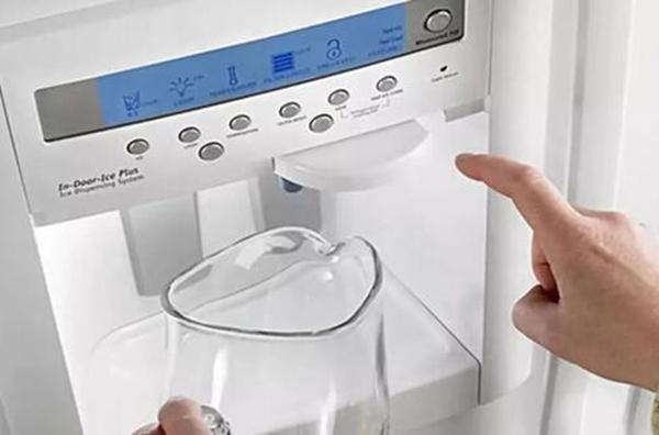 究竟家里要不要买饮水机?饮水机缺点有哪些?