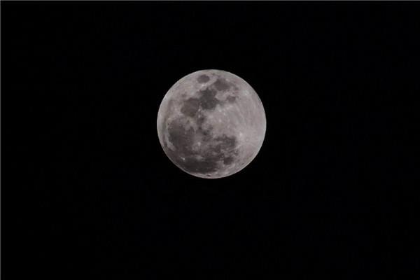为什么我国古代人民都相信月亮是人造的呢?